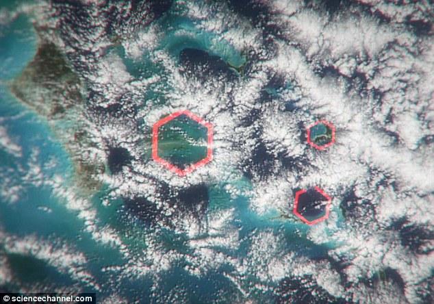 Hexagonal clouds Bermuda