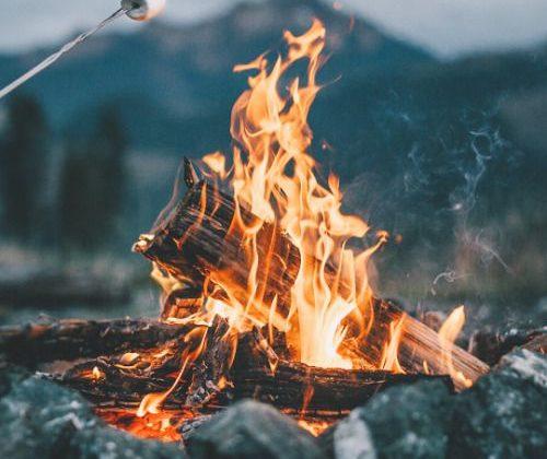 campfire-fire-rain