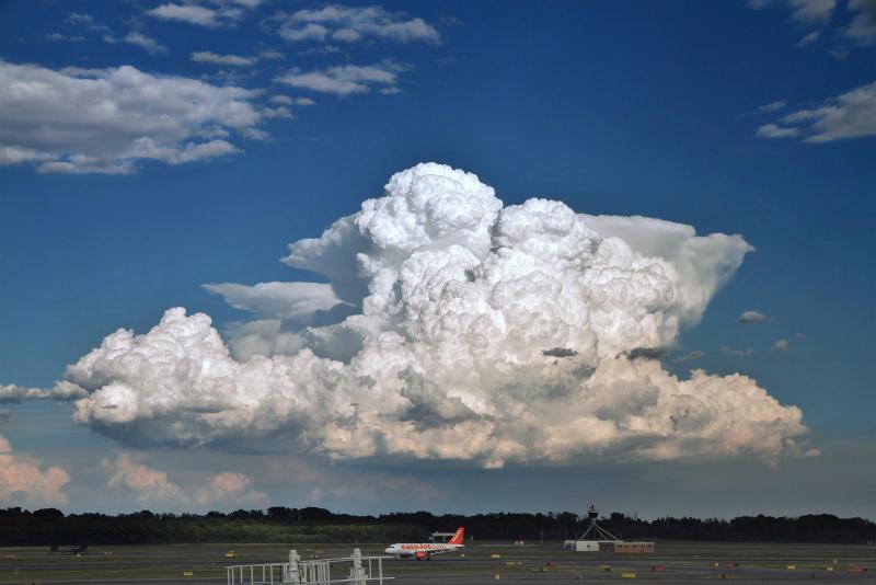 rain-clouds-cumulonimbus