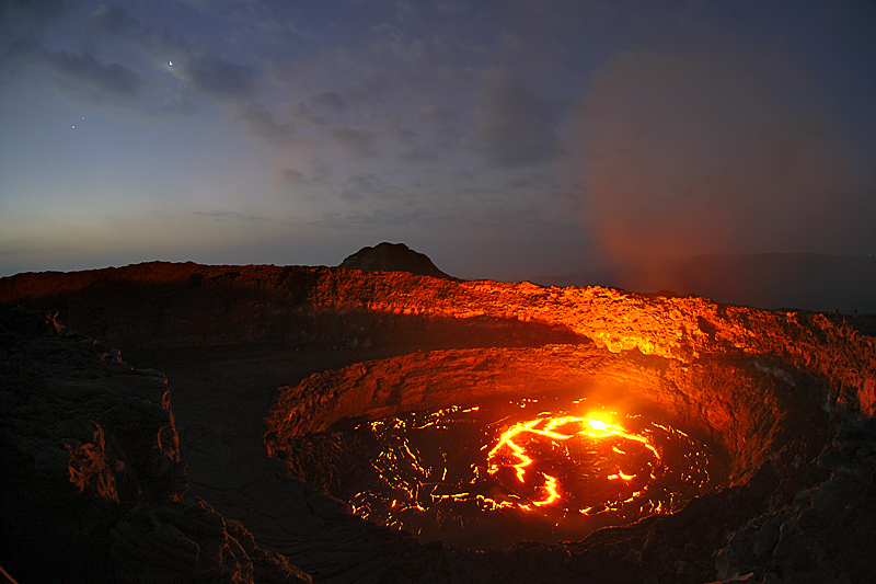 erta ale exposed lava lakes volcanoes